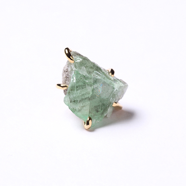 Enasoluna×STAIR  Timeless pierced(sphene green)